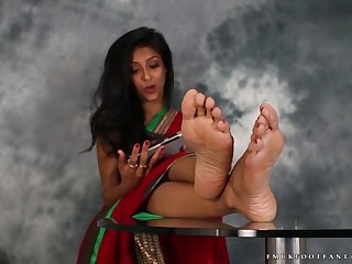 Sexy indian feet 6